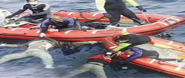 العثور على نحو 40 شخصا أمواتا في مركب يقل مهاجرين في البحر المتوسط