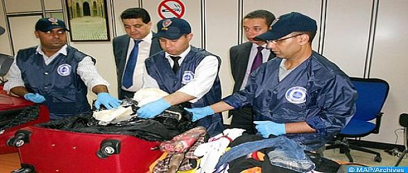 توقيف مواطن إفريقي وبحوزته خمسة كلغ من الكوكايين بمطار محمد الخامس الدولي (بلاغ)