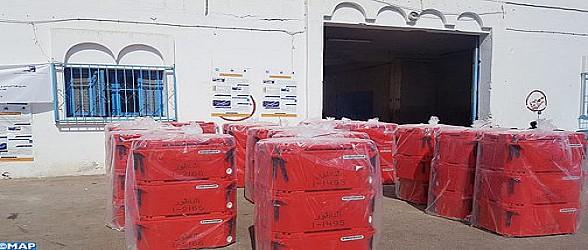 ميناء بني نصار: توزيع أزيد من ألف صندوق عازل للحرارة لفائدة الصيادين التقليديين