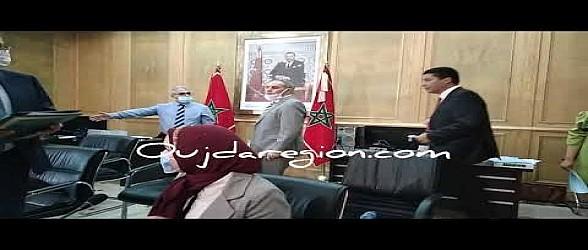 شاهد لحظة فوز بيوي برئاسة مجلس جهة الشرق