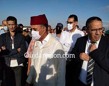حبوها عامل بركان والكاتب العام للوزارة في مقدمة جنازة المندوب الإقليمي للشباب والرياضة الراحل عبد الحق زكاغ